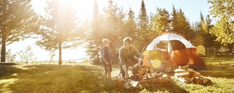 Allianz - father and son camping